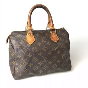 Louis Vuitton Monogram Speedy 25 M41528 Used